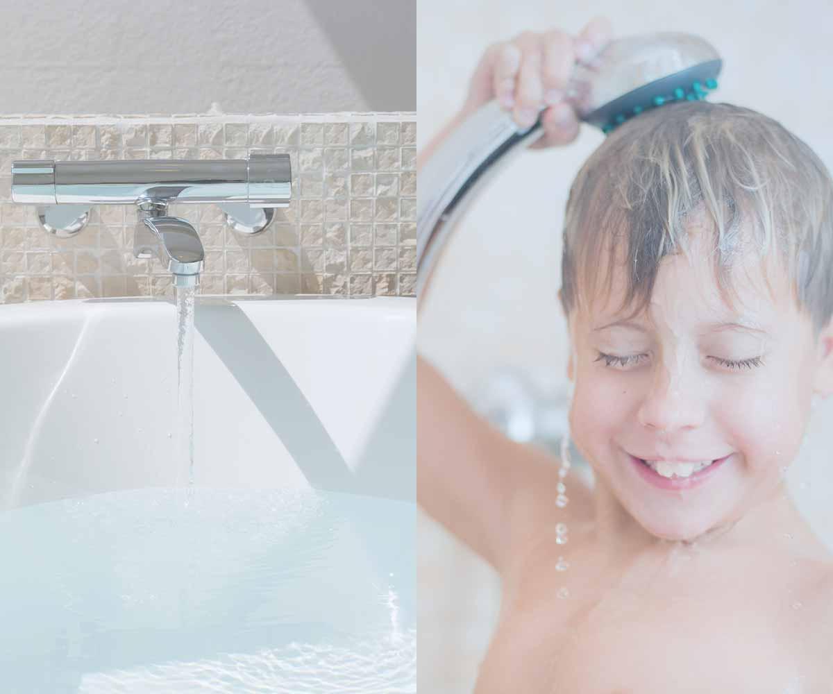 「お風呂とシャワーを浴びているイメージ」画像